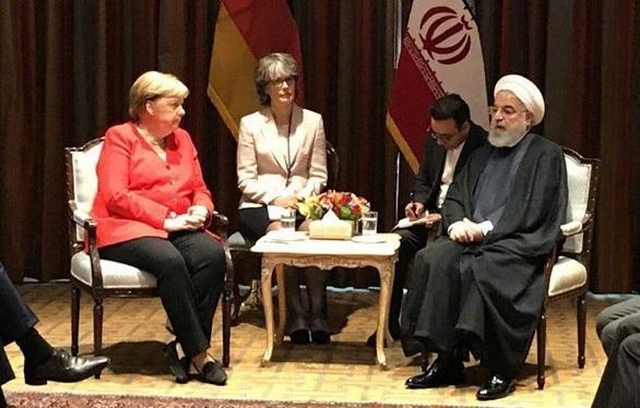 گفتگو حسن روحانی و مرکل درباره برجام