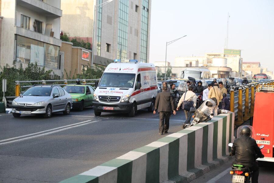 شیارهای حادثه ساز در پل های کالج و حافظ