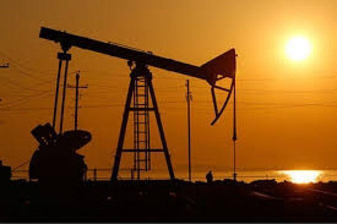 قیمت نفت خام در بازار جهانی باز هم کاهش یافت