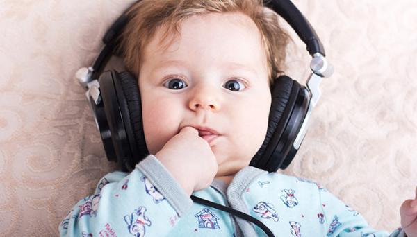 تاثیر موسیقی بر نوزادان و بچه ها خردسال