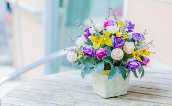 خرید کدام گل ها برای تولد همسر یا دوست مناسب است؟